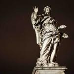 Noemi – La borsa di una donna